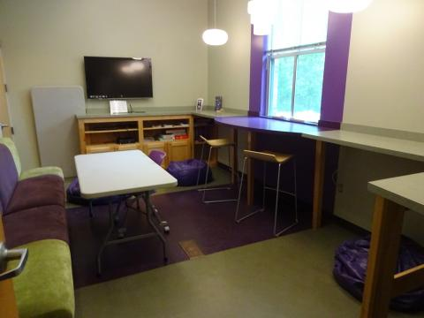 George's Creek Study Room
